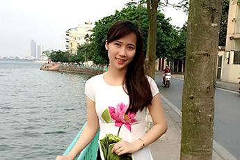 Ms Tuyết Đinh