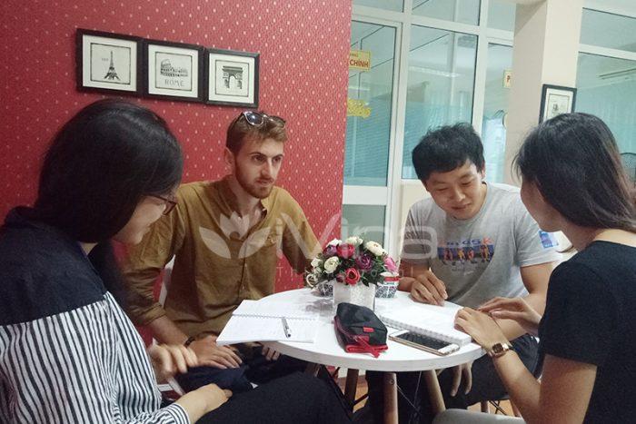 CLB Trao đổi Văn hóa và Ngôn ngữ Việt - 11-07-2017 (1)