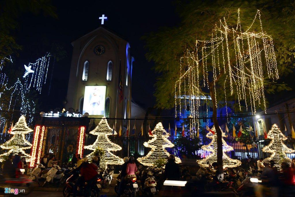 Địa điểm chơi Noel 2017 - Nhà thờ Hàm Long